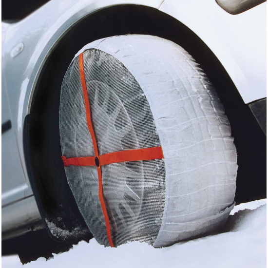 Autosock - tire cover on icy and snowy roads
